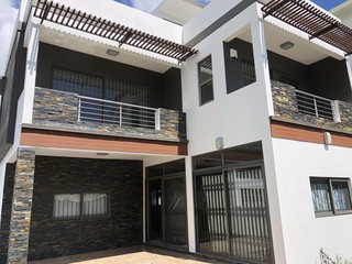 4 Bedroom for Sale in Pereybere